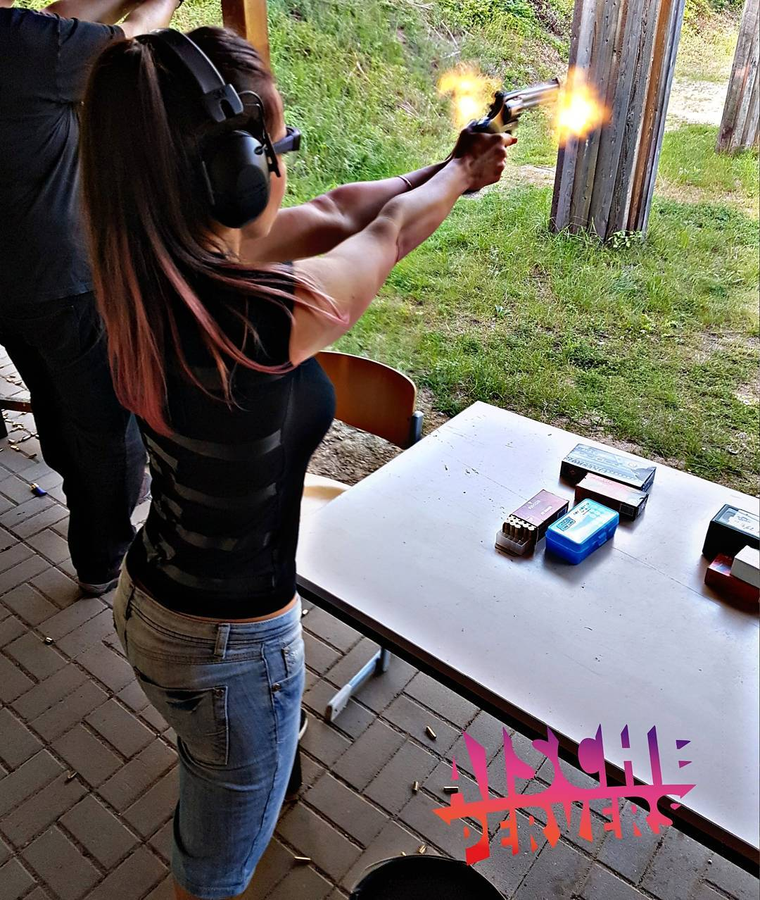 A smile will get you pretty far….. but a smile and a gun will get you farther! (Al Capone) #gun #44magnum #magnum #revolver #colt #model #rangers #army #military #badass #combat #strength #navy #grunt #sacrifice #pride #freedom #firearms #readyforit #boom #german #germangirl #girl #longhair #girlswithagun