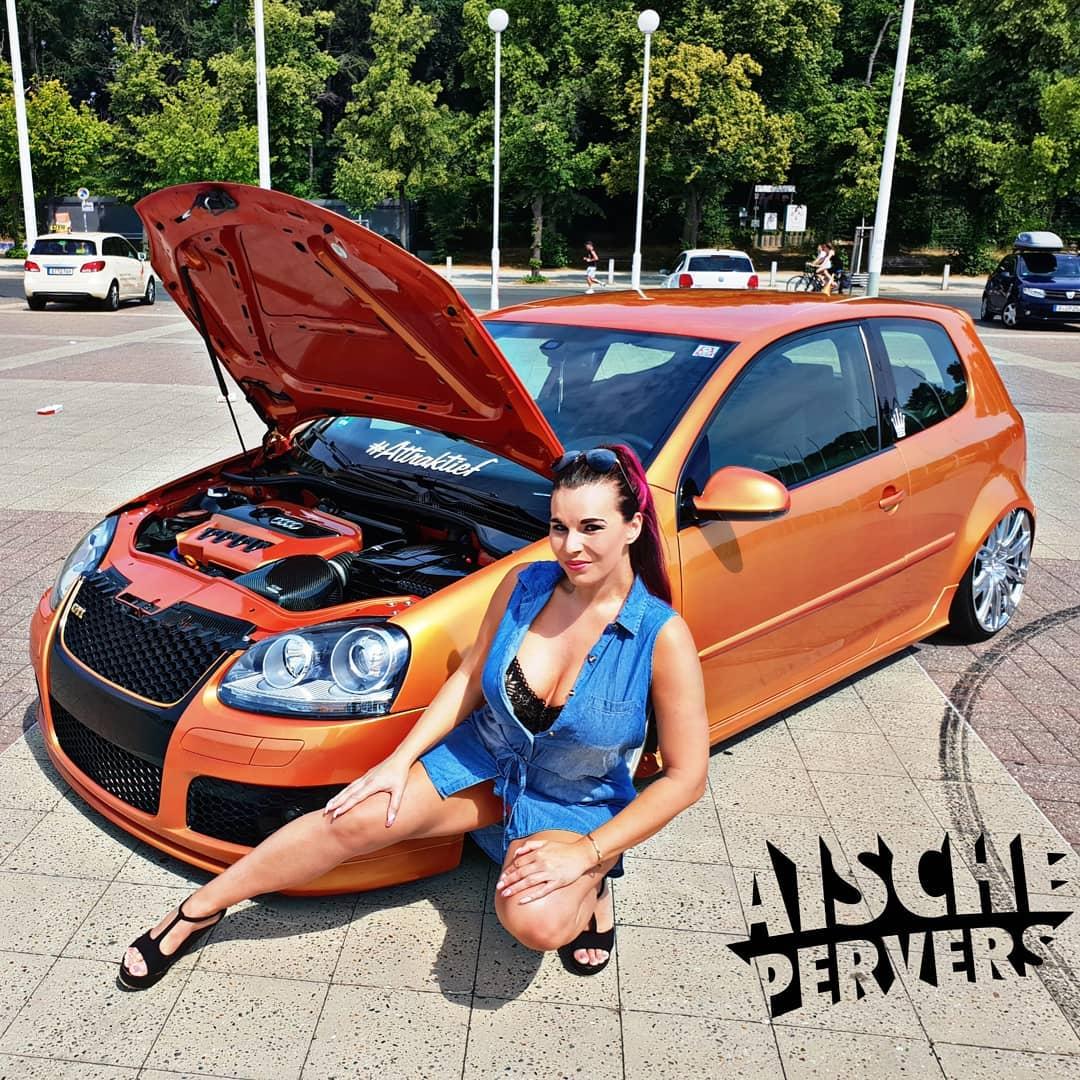 Der GTI in meinem neuen YouTube-Video hat fast 350PS und jede Menge Tuning. Wieviel PS hat euer Auto und was habt ihr alles machen lassen??? https://youtu.be/I9G6dIf_IoE #volkswagen #vw #golf #gti #tuning #carporn #low #car #girl #german #wörthersee #golfgti #fun #speed
