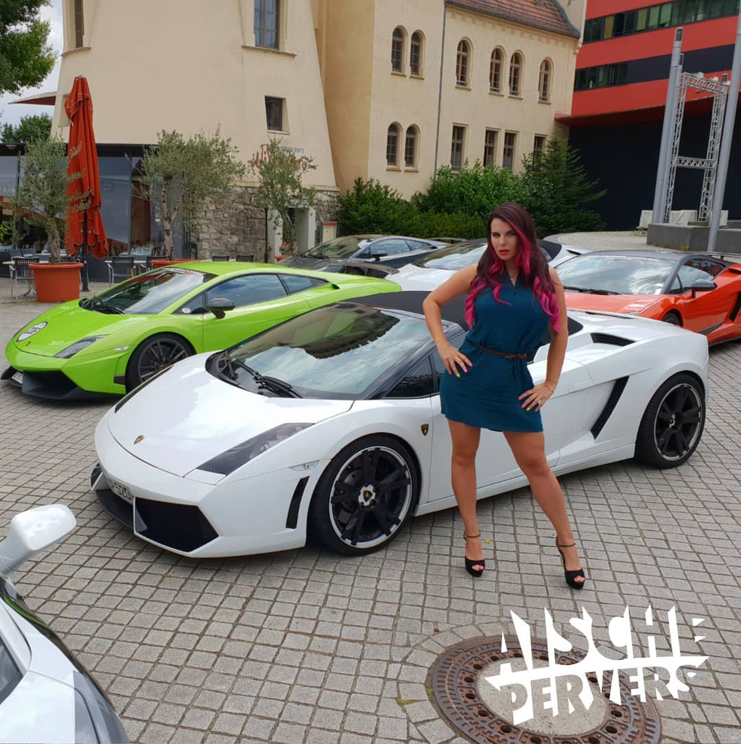 """When you stop working, you start to die."" (Ferruccio Lamborghini) #car #lamborghini #carporn #fun #friends #summer #girl #workhard #curvy #german #highheels #luxury #youtube #vlogger #drive #dinner #zitat"